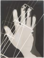 László Moholy-Nagy Photogram, 1926 Gelatin silver photogram, 23.8 x 17.8 cm Los Angeles County Museum of Art, Ralph M. Parsons Fund © 2016 Hattula Moholy-Nagy/VG Bild-Kunst, Bonn/Artists Rights Society (ARS), New York Photo: courtesy Museum Associates/LACMA