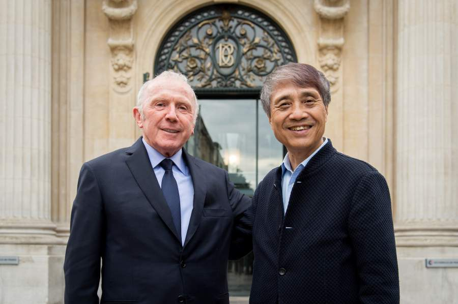François Pinault e Tadao Ando. © Fred Marigaux 2016. Courtesy Collection Pinault – Paris