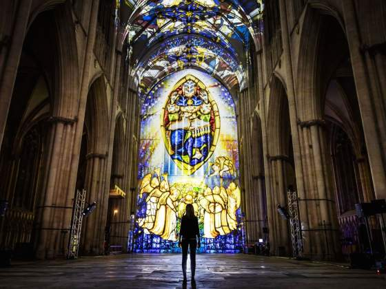 La cattedrale di York illuminata per Northern Lights. Foto: Yorkshire Post
