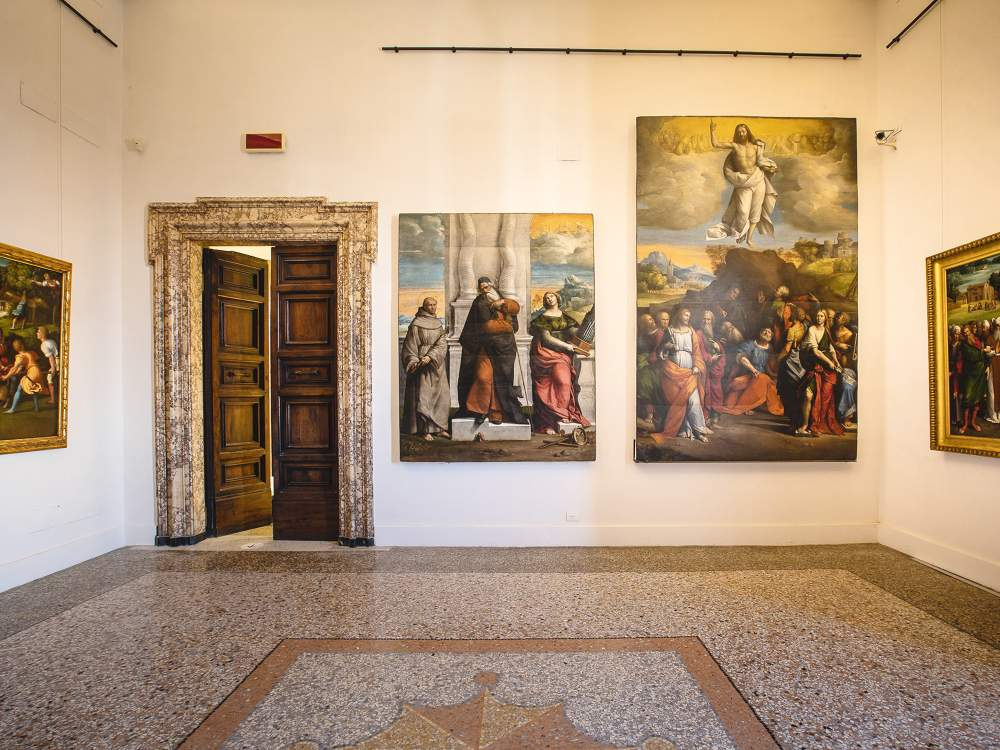 Un ambiente (la Sala 14) del nuovo allestimento delle Sale del Cinquecento delle Gallerie Nazionali di Arte Antica, ospitate nell'ala nord del piano nobile di Palazzo Barberini. Foto: Alberto Novelli